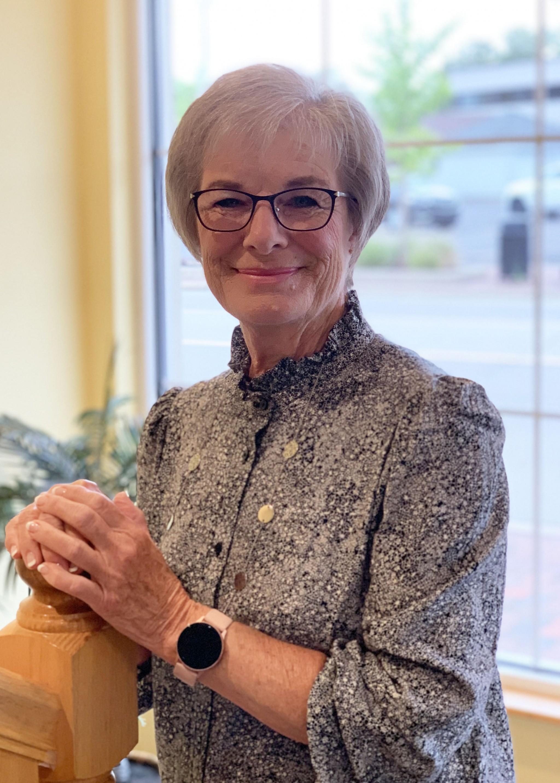 Headshot of Nancy Mersman