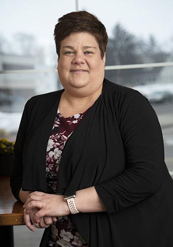 Headshot of Lisa TenHarkel